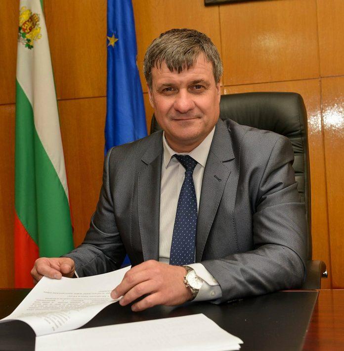 Костадин Коев